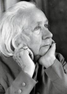 Gabriele Münter, 1952, Fotografie, Fotografin: Sigrid Bühring. © Schlossmuseum  Murnau, Bildarchiv.